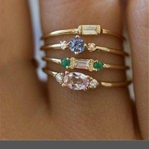Dainty 4 Ring Set